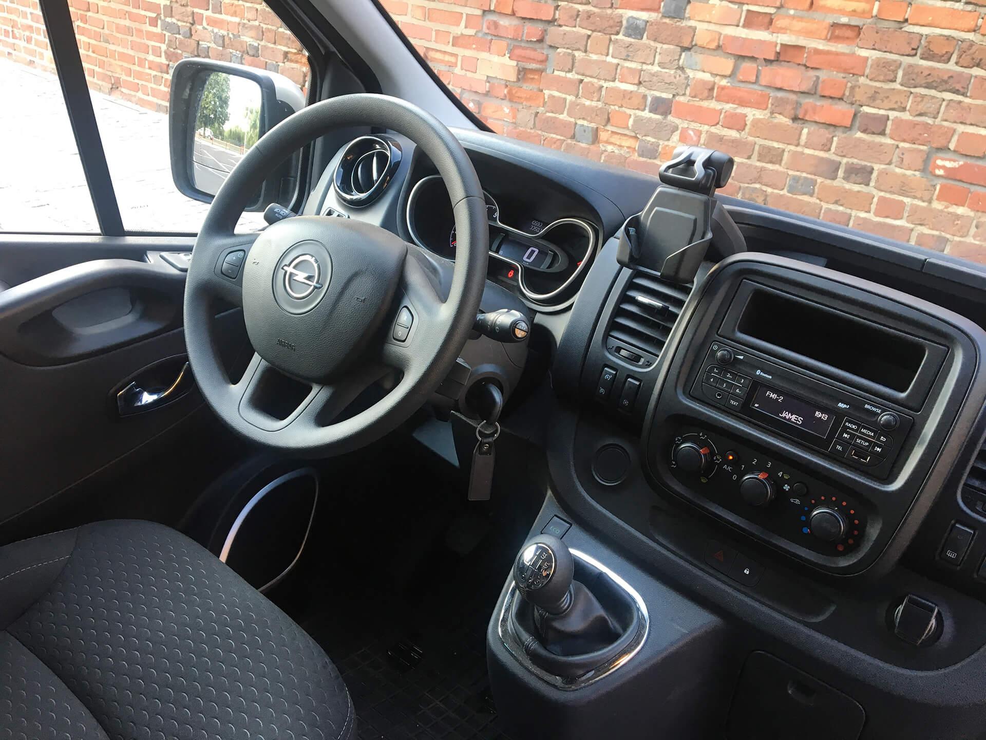 W superbly Wypożyczalnia Aut Opel Vivaro 9-osobowy - Wypożyczalnia Aut RV99